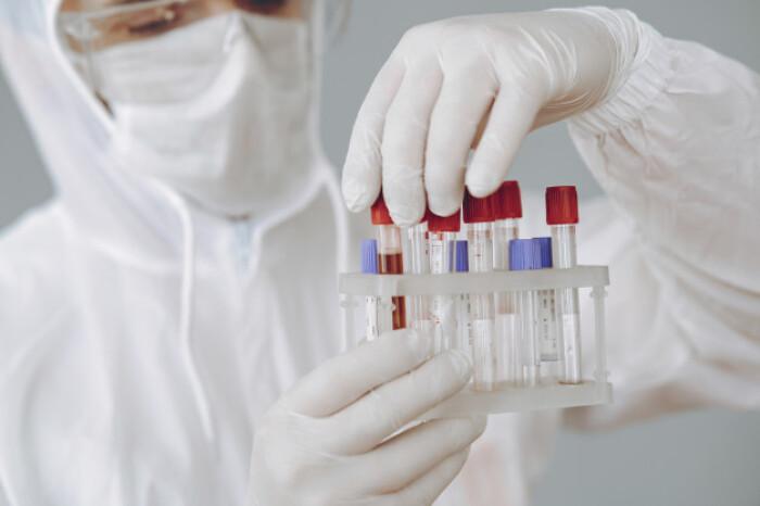 Коронавирус может изменять клетки крови у переболевших