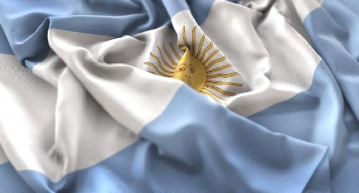 Минздрав Аргентины зафиксировал два случая иммунной тромбоцитопении после вакцинации «Спутник V»