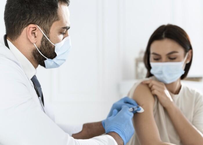 CDC представили данные о частоте анафилаксии при вакцинации против COVID-19