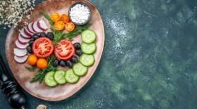 Растительная диета может снизить тяжесть COVID-19