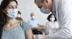 В ВОЗ оценили эффективность вакцин против индийского штамма коронавируса
